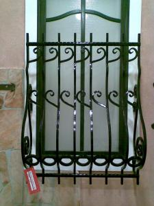 Grilaj geam (Window grate) (1) (2)