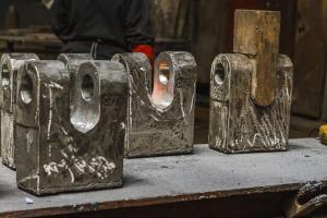Ciocane (Hammers)